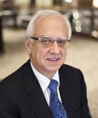 Portraitfoto von Prof. Dr. Dr. Joachim Zöller
