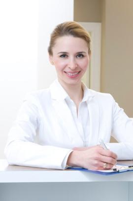 Portraitfoto von Dr. Nathalie Khasin